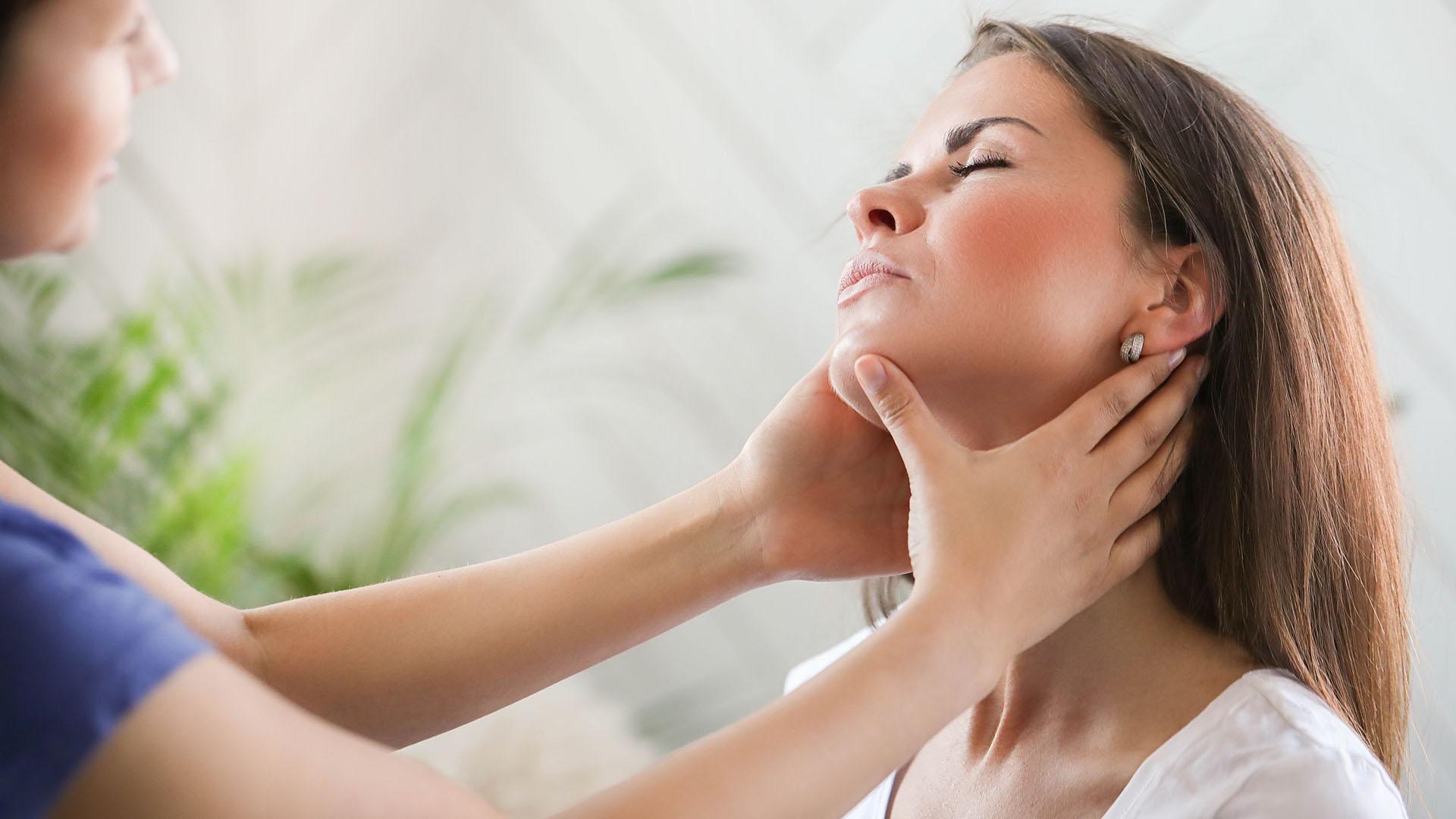 Essential Massage - Head, Neck & Shoulder